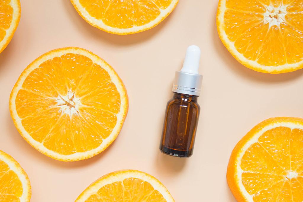 c vitamiiniseerumi paras c vitamiini seerumi luonnonkosmetiikka